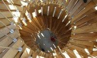 akátová věž_pohled na točité schodiště